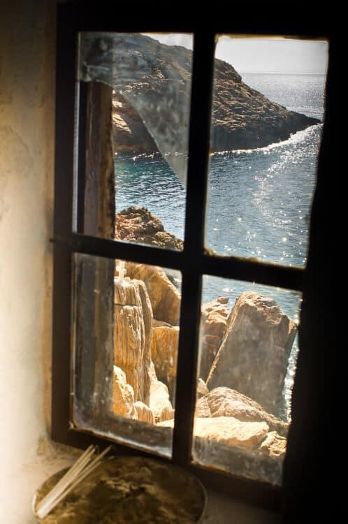 Loukia Studios and Suites Kini Syros - abstract