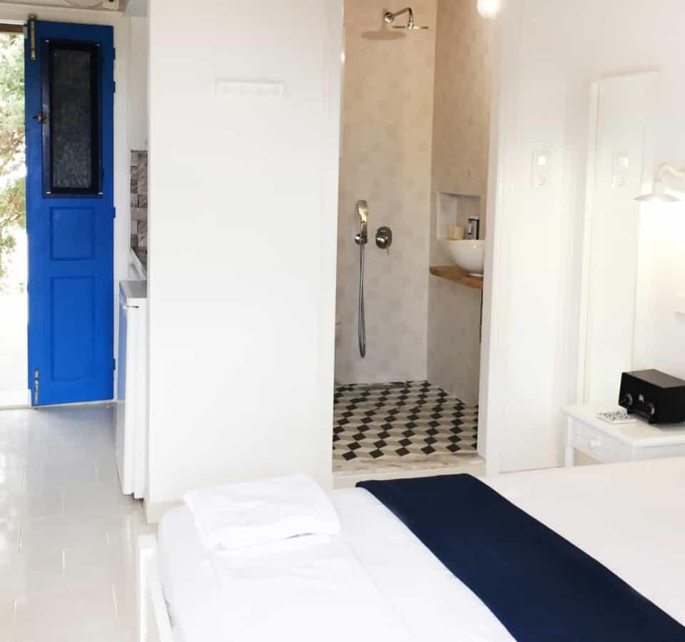 Cozy Studio Kini Syros - Interrior room view